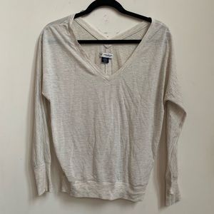 Women's American Eagle long sleeve top. Size small